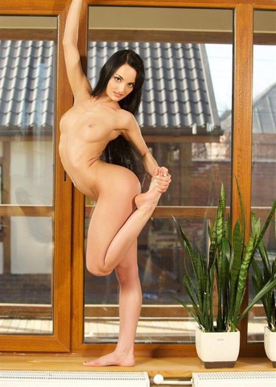 Spicy Belarusian Model Patience Shaved Pussy Pictures 1 Of 5