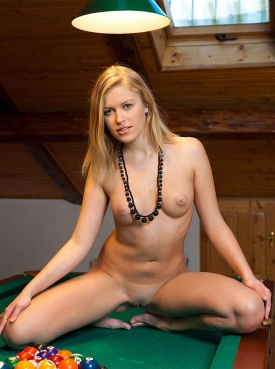 New Scandinavian Lady Ariana Blonde Images 1 Of 1