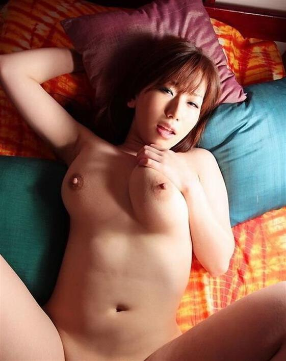 Excellent Indonesian Women Alondra Nipples 1 Of 23
