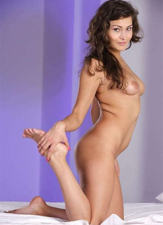 Natural Bulgarian Call Girl Camilla Facesitting Pictures 1 Of 7