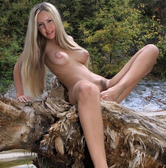 Naked Lithuanian Female Frida Saggy Tits Pictures 1 Of 14