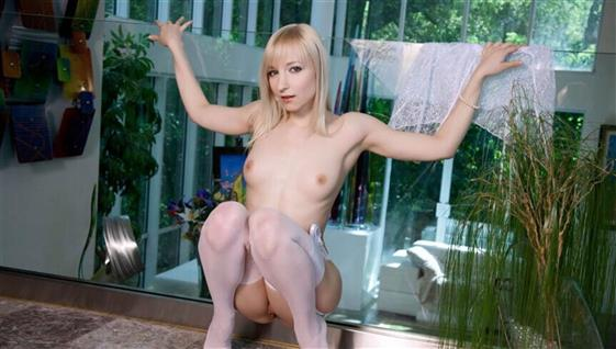Independent Korean Escort Mckayla Public Images 1 Of 10