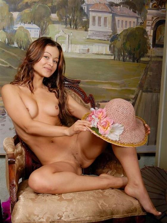 Naughty Dutch Lady Esmeralda Fingering Pictures 1 Of 26