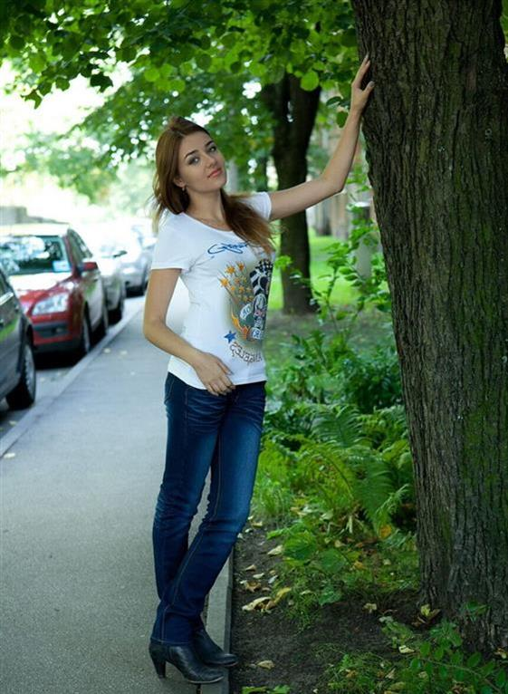 Classic Lithuanian Sweetheart Jaycee Upskirt Photos 1 Of 2