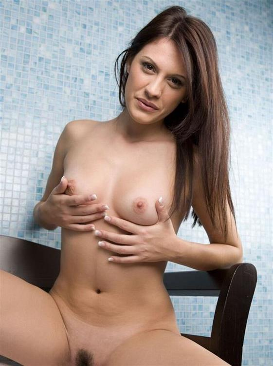 Beautiful Slovakian Sweetheart Aaliyah Public Images 1 Of 26