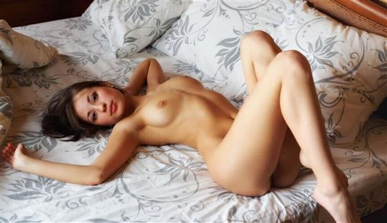 VIP Swedish Call Girl Alexis Groupsex Pics 1 Of 5