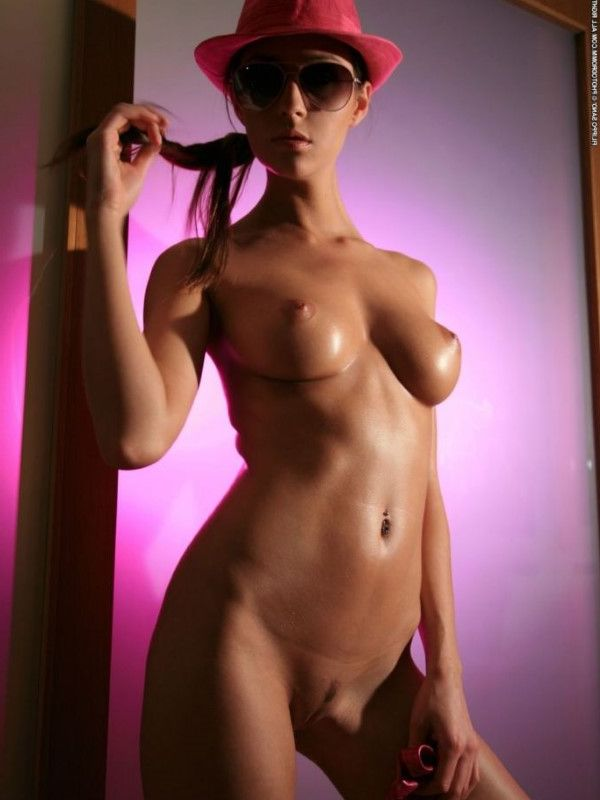 Nice Czech Lady Karissa Stripper Pics 1 Of 18