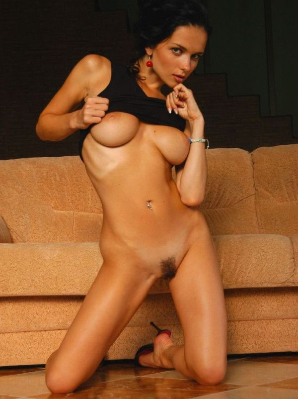 Erotic Latin Companion Miriam Party Pictures 1 Of 21