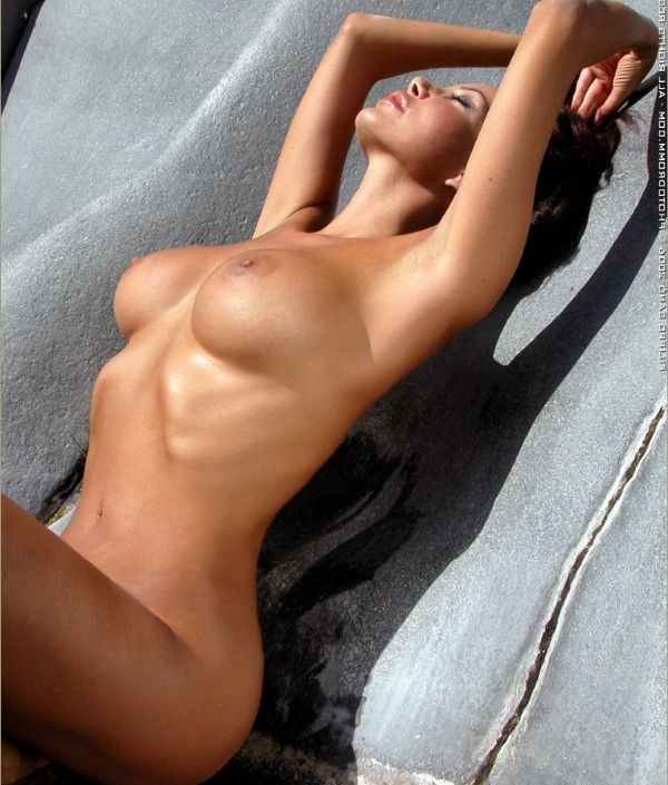 Excited Brazilian Model Whitney Piercing Pictures 1 Of 20