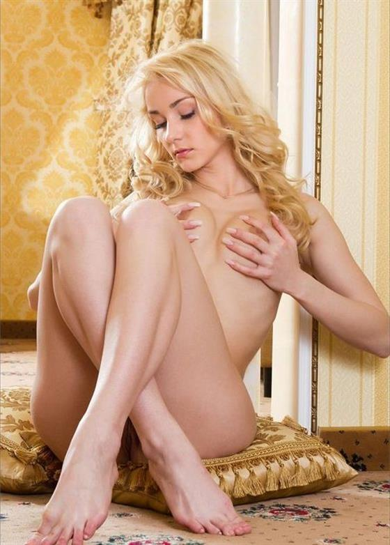 Elegant Dutch Lady Valeria Orgy Images 1 Of 15