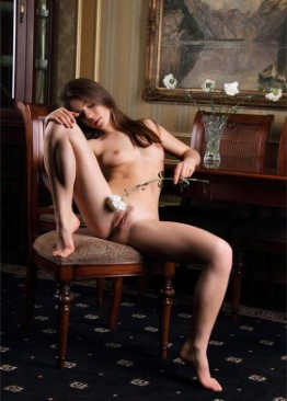 Hot American Girl Erin – Groupsex Photos