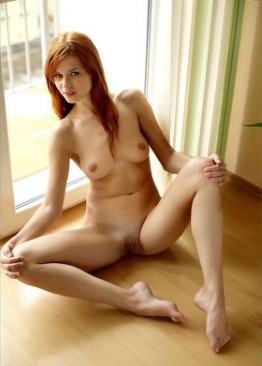 Great German Escort Araceli – Lesbian Photos