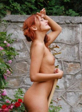 Posh Ukrainian Companion Aiyana – Facesitting Images
