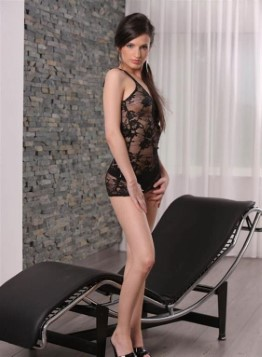 Best Slovenian Escort Bailey – Fingering Pictures
