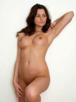Skinny European Model Allisson Upskirt Pictures