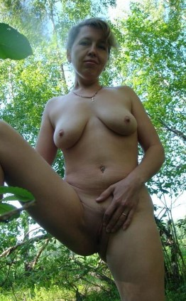 Independent Asian Escort Janiah Public Photos