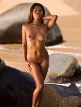 Nasty Spanish Model Callie Nipples Pics
