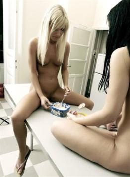 Dirty South American Model Arianna Lesbian Pics