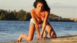 Skinny Saudi Arabian Lady Ariella Feet Pics