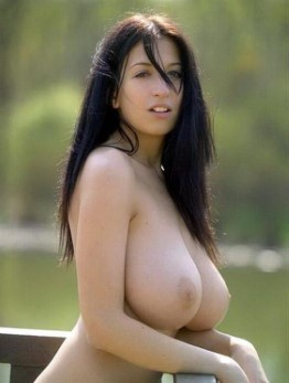 VIP Finnish Lady Lacey Hairy Pussy Pics