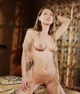 Skinny Turkish Girl Lizbeth Amateur Photos