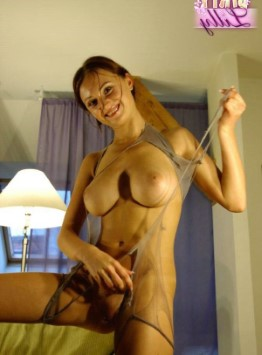 Fit Austrian Lady Aisha – Stripper