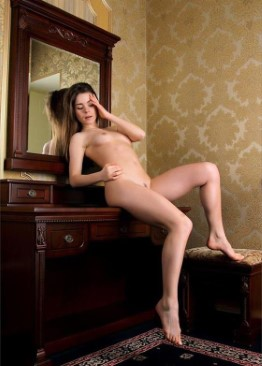 Exotic Lithuanian Escort Arabella – High Quality Pics