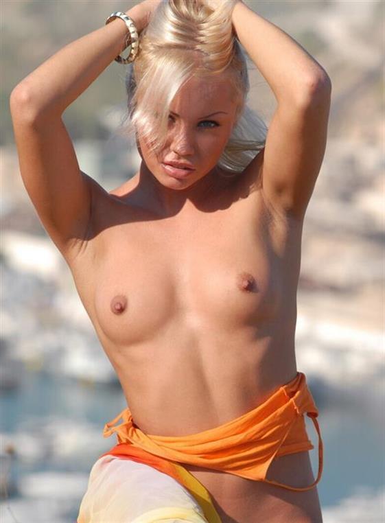 Best German Dubai massage girl Incall service - 4