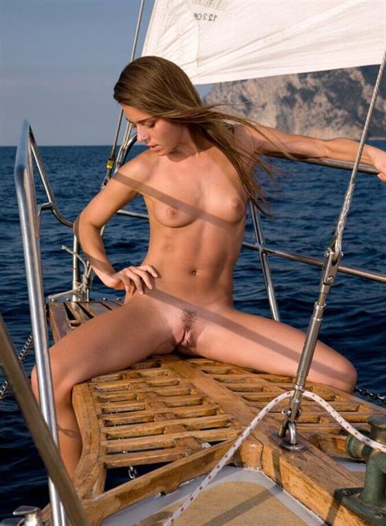 Classic British escort companion in Emirates Girlfriend experience - 5