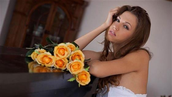 Beautiful Lithuanian Dubai escort model Striptease show - 7