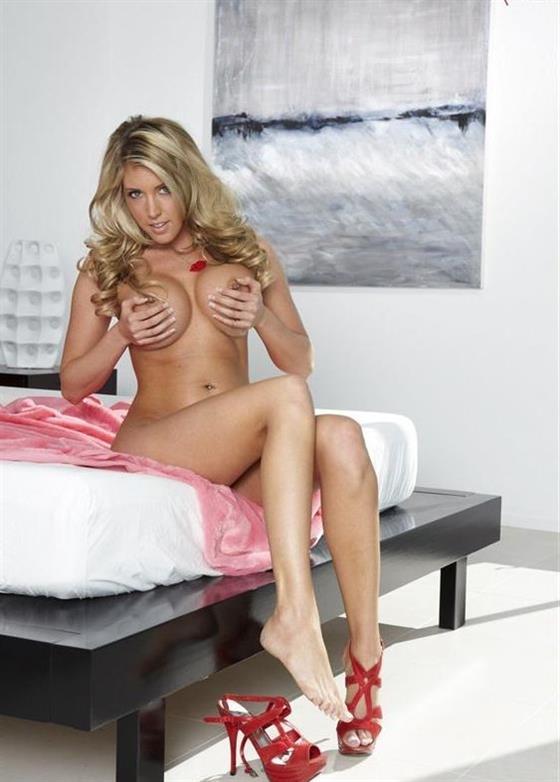 Erotic Danish escorts model Dubai Gang bang service - 7