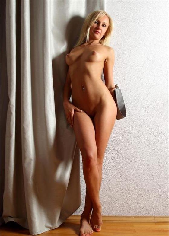 Luxurious Danish escort girlfriend Fingering service - 9
