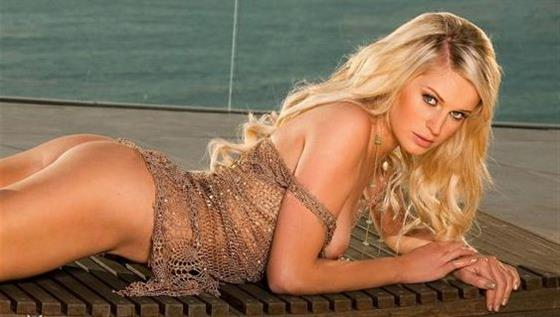 Excited Hungarian escorts model in UAE Come on body - 3