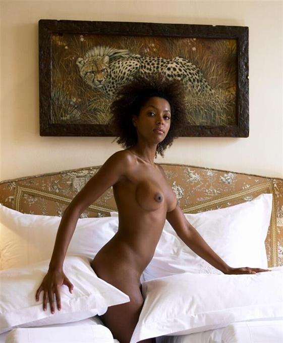 VIP Russian escort model in Dubai Dildo show anal - 8
