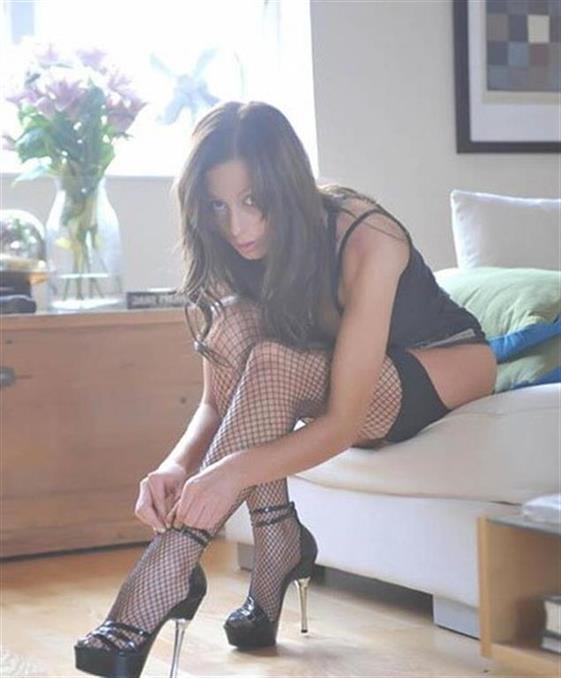 Sexy Ukrainian Dubai escort girl Swallow - 3