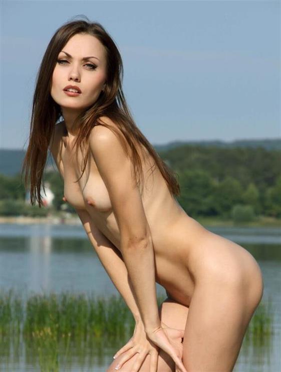 Best Ukrainian Dubai escort lady Kissing dick - 10