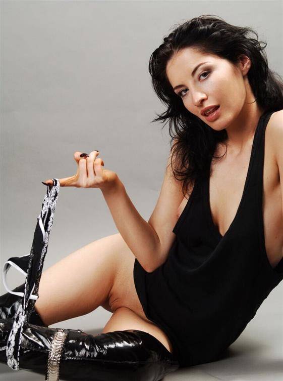 Hot Hungarian escort girlfriend Emirates A-level sex - 10