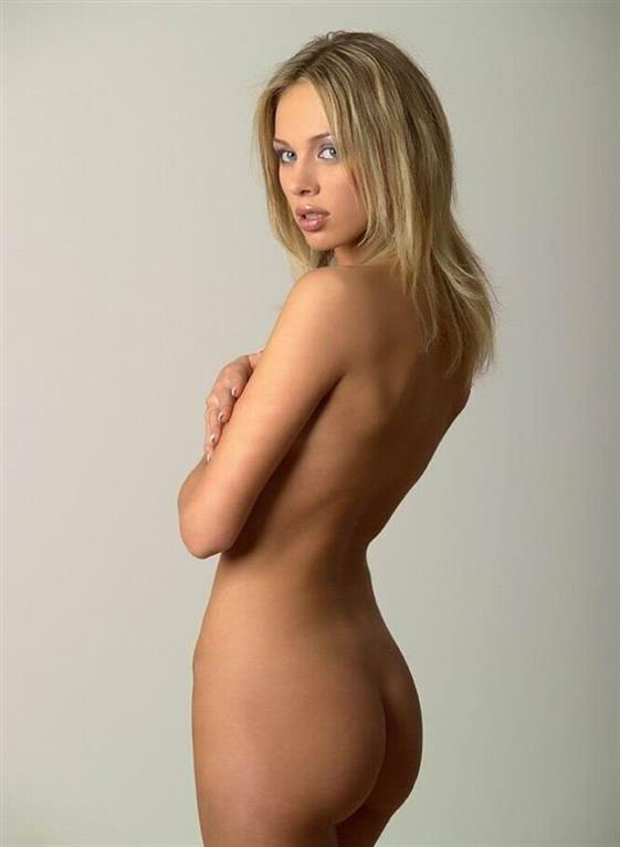 Busty Finnish massage girlfriend Dubai Gang bang service - 10