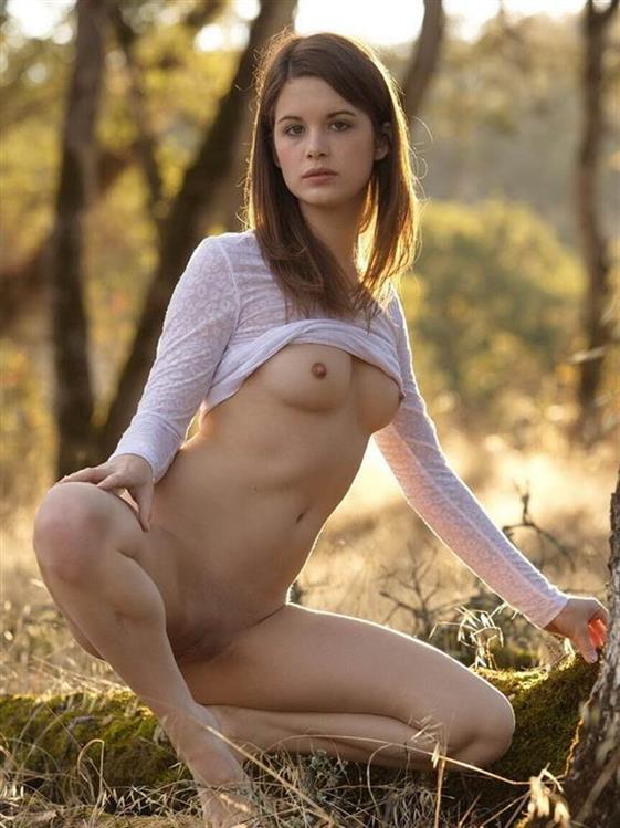 Best Romanian escort model in Dubai Lesbian show - 8