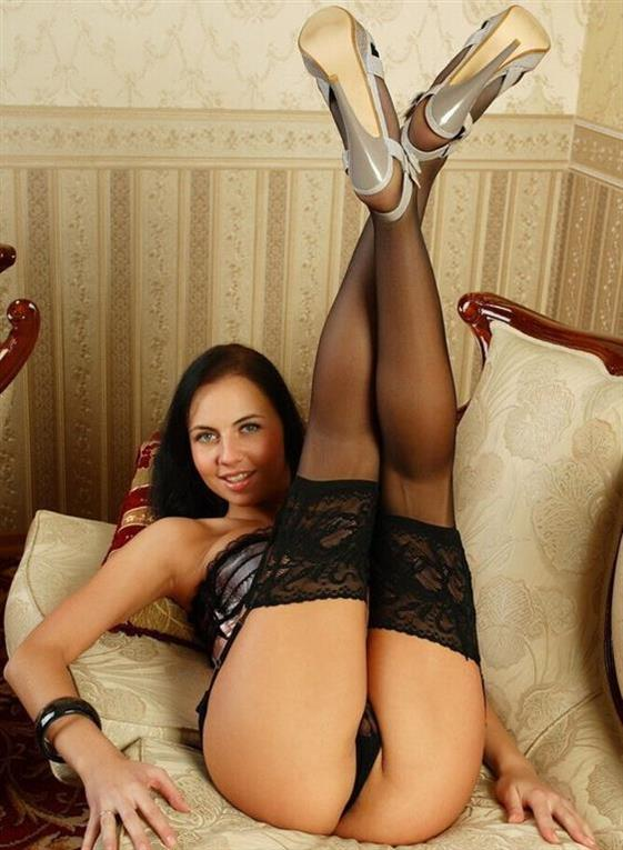 Erotic Belgian escort girlfriend UAE 69 position and anal - 8