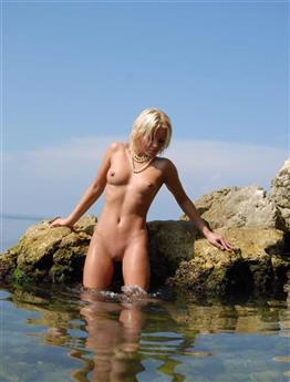 Luxurious Estonian escorts lady in Emirates Ball linking service