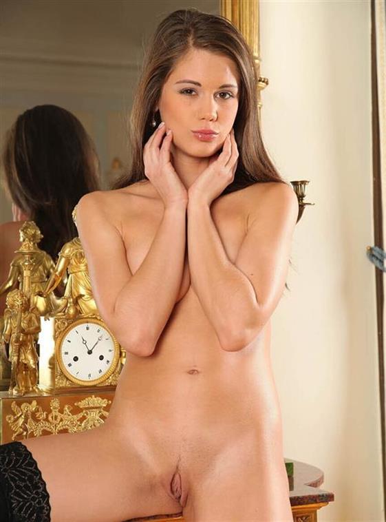 Classic English Call girl in Dubai Gang bang service - 7