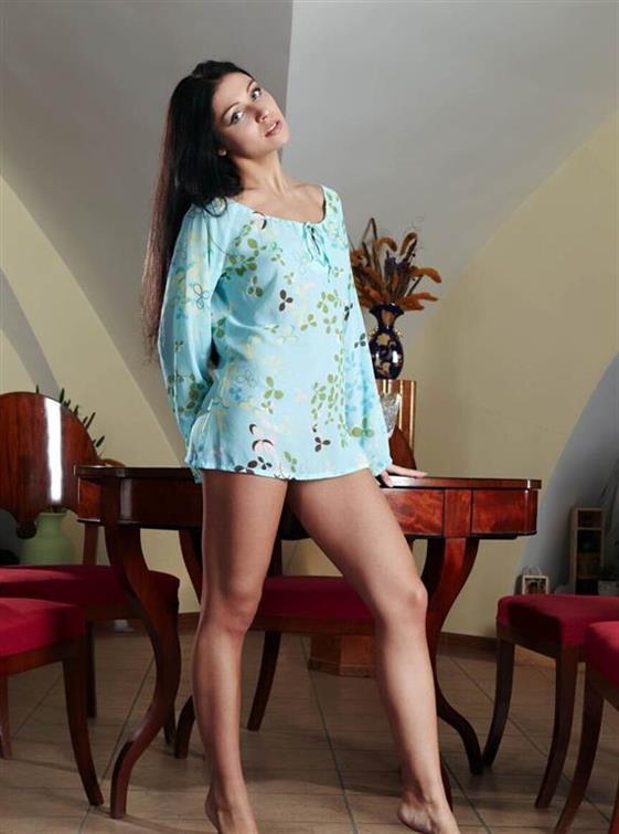 Beautiful Belgian Dubai call girl Oral sex service - 3