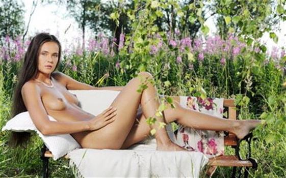 Deluxe Czech escort model Dubai Shower sex - 2