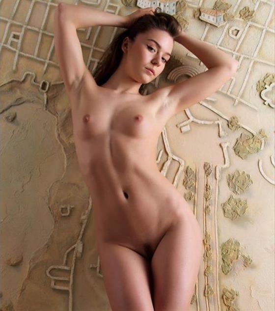 Fancy German escort model in Emirates Doggy style sex - 4