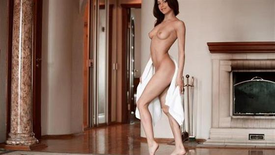 Beautiful Slovakian escort UAE Doggy style sex - 3