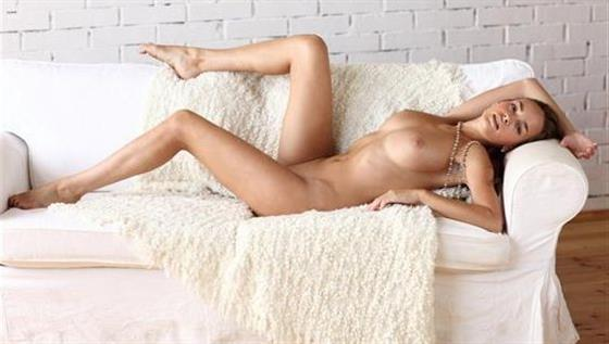 Mature Czech escort in Emirates Ball linking service - 4