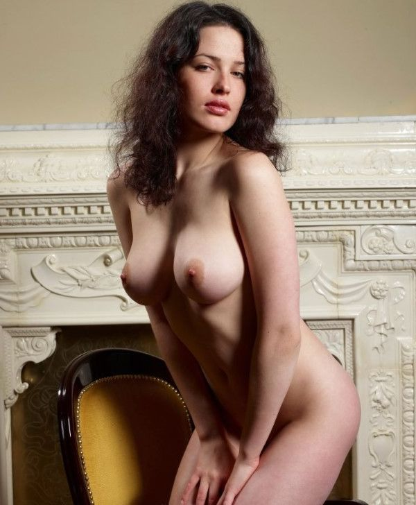 Curvy Lithuanian Sweetheart Groupsex Pictures 9 Of 10