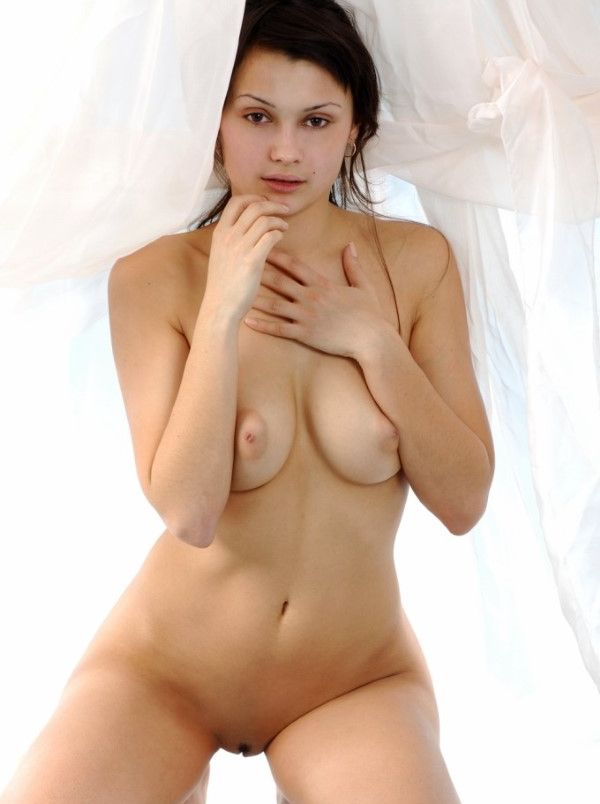 Athletic Bulgarian Female Fingering Images 9 Of 10
