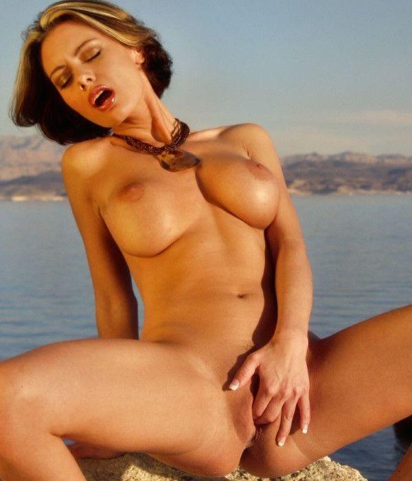 Curvy Slovenian Call Girl Pornstar Images 5 Of 10